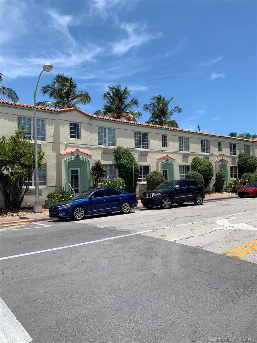 741  15th St #5 For Sale A10714558, FL