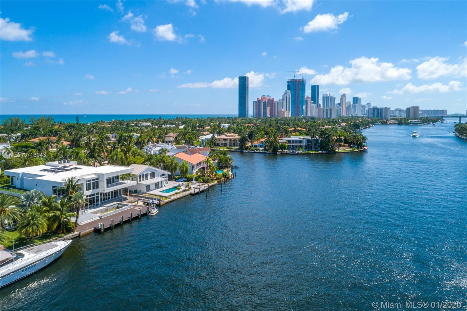 369  Center Island  For Sale A10718043, FL