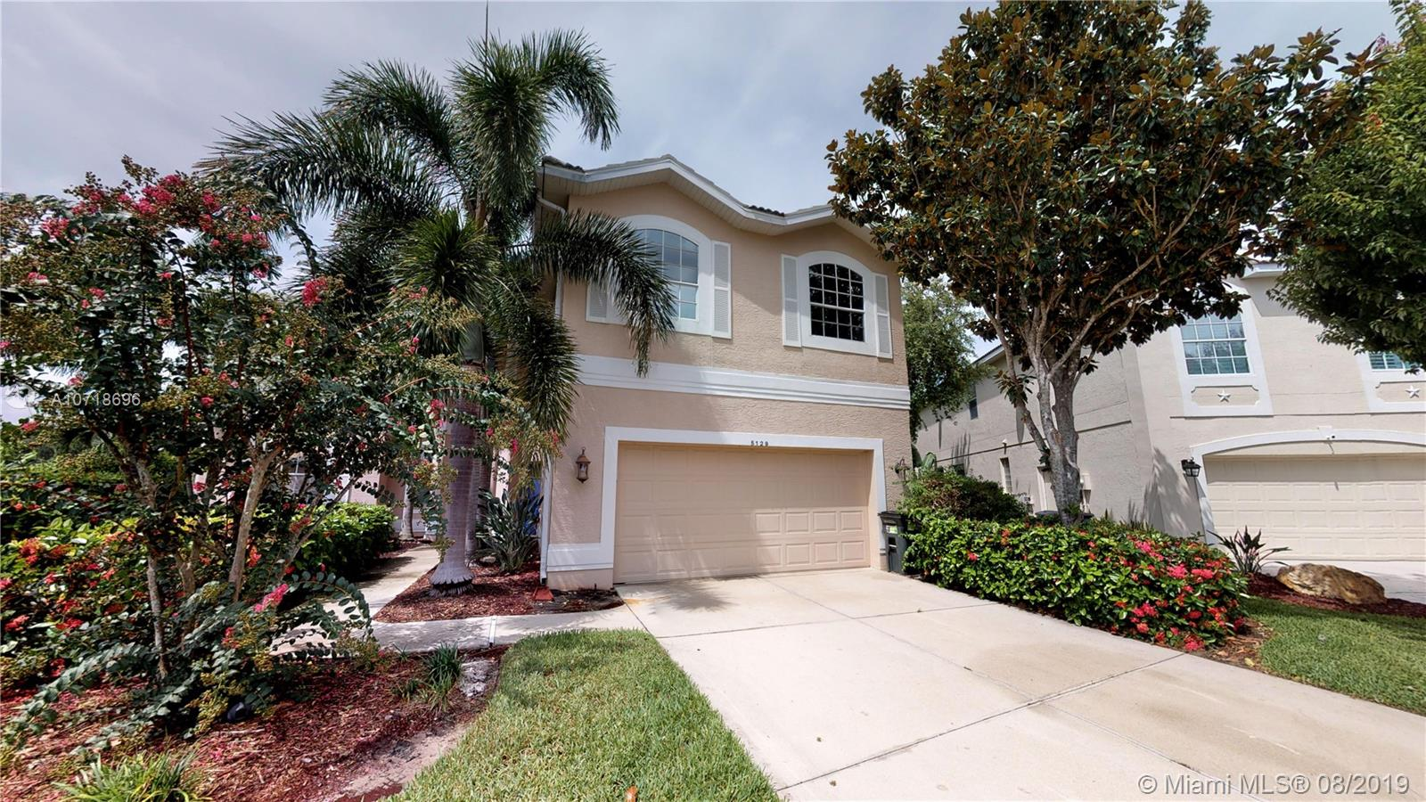 5129 BROOKSBEND CIR, Other City - In The State Of Florida, FL 34238