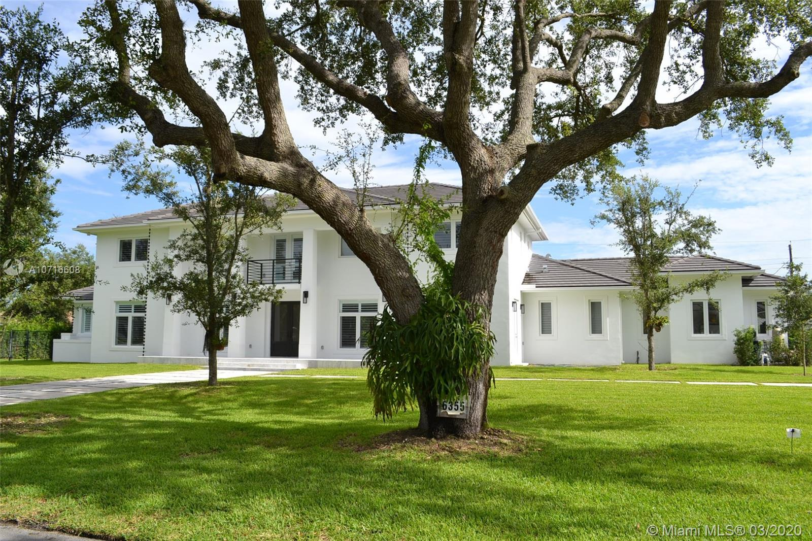 6355 SW 113th St  For Sale A10716608, FL