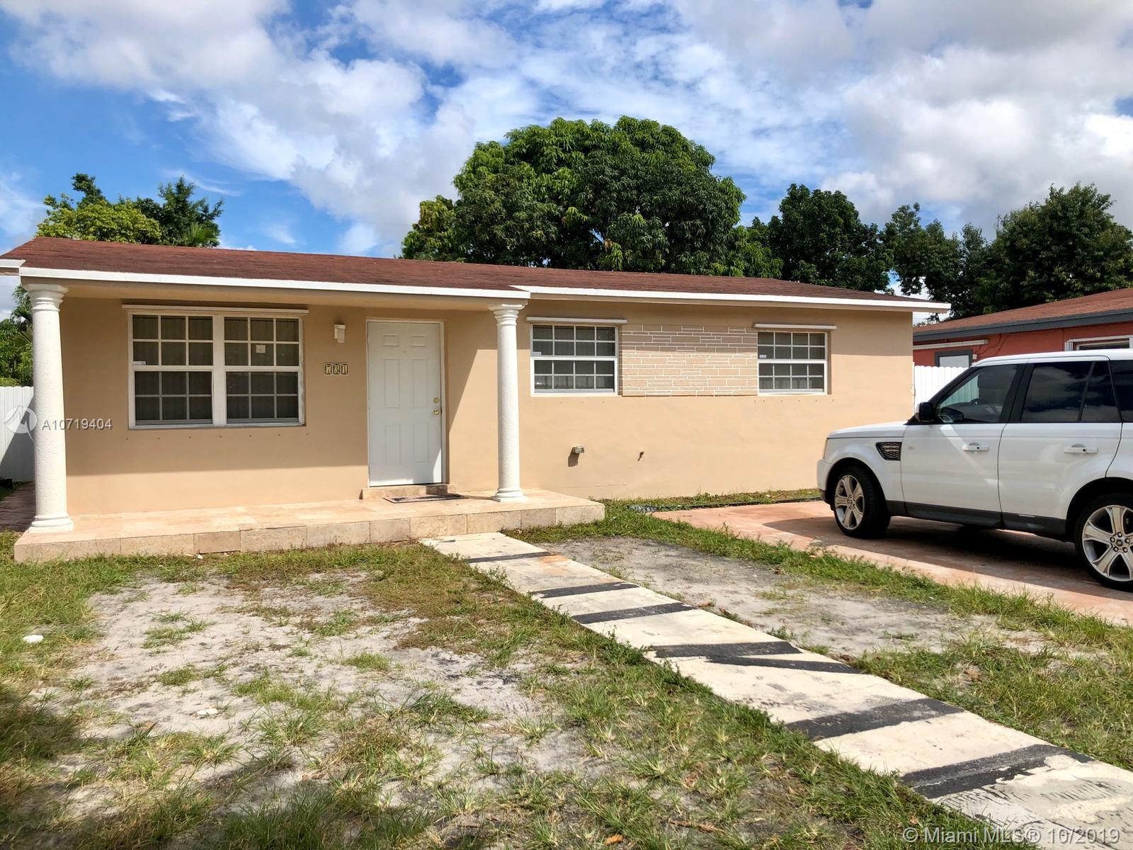 731 W 31st St  For Sale A10719404, FL