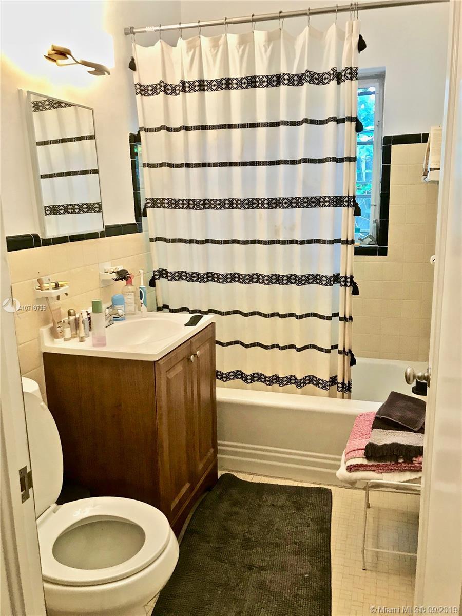 236 85 St, El Portal, Florida image 11
