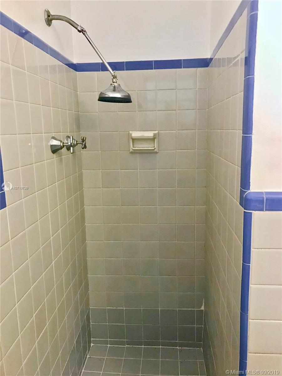 236 85 St, El Portal, Florida image 10