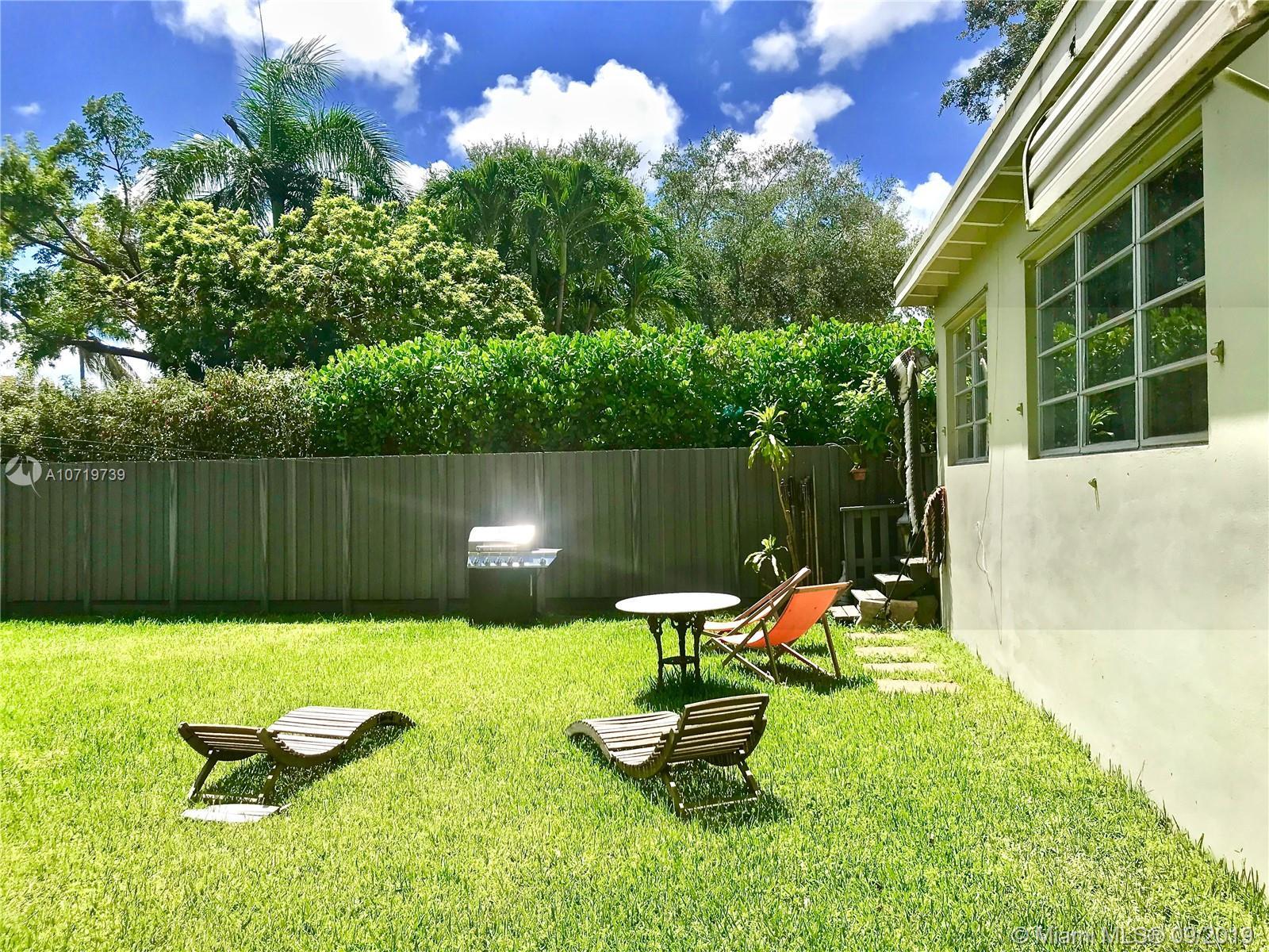 236 85 St, El Portal, Florida image 7