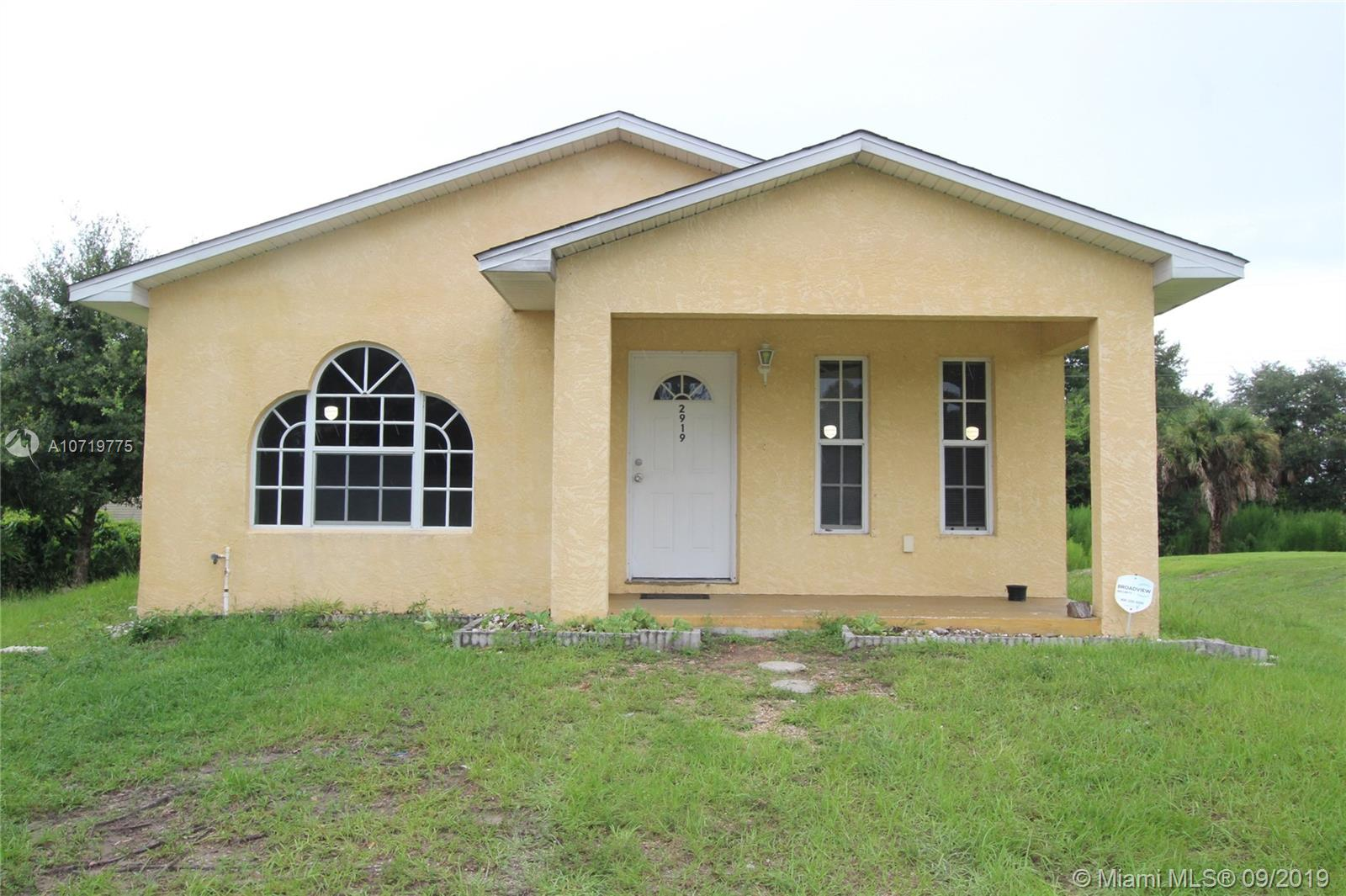 2919 NW 35th Ave  For Sale A10719775, FL