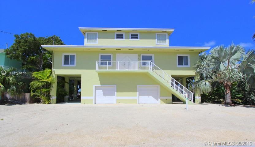 83 Lake Shore Dr, Key Largo, FL 33037