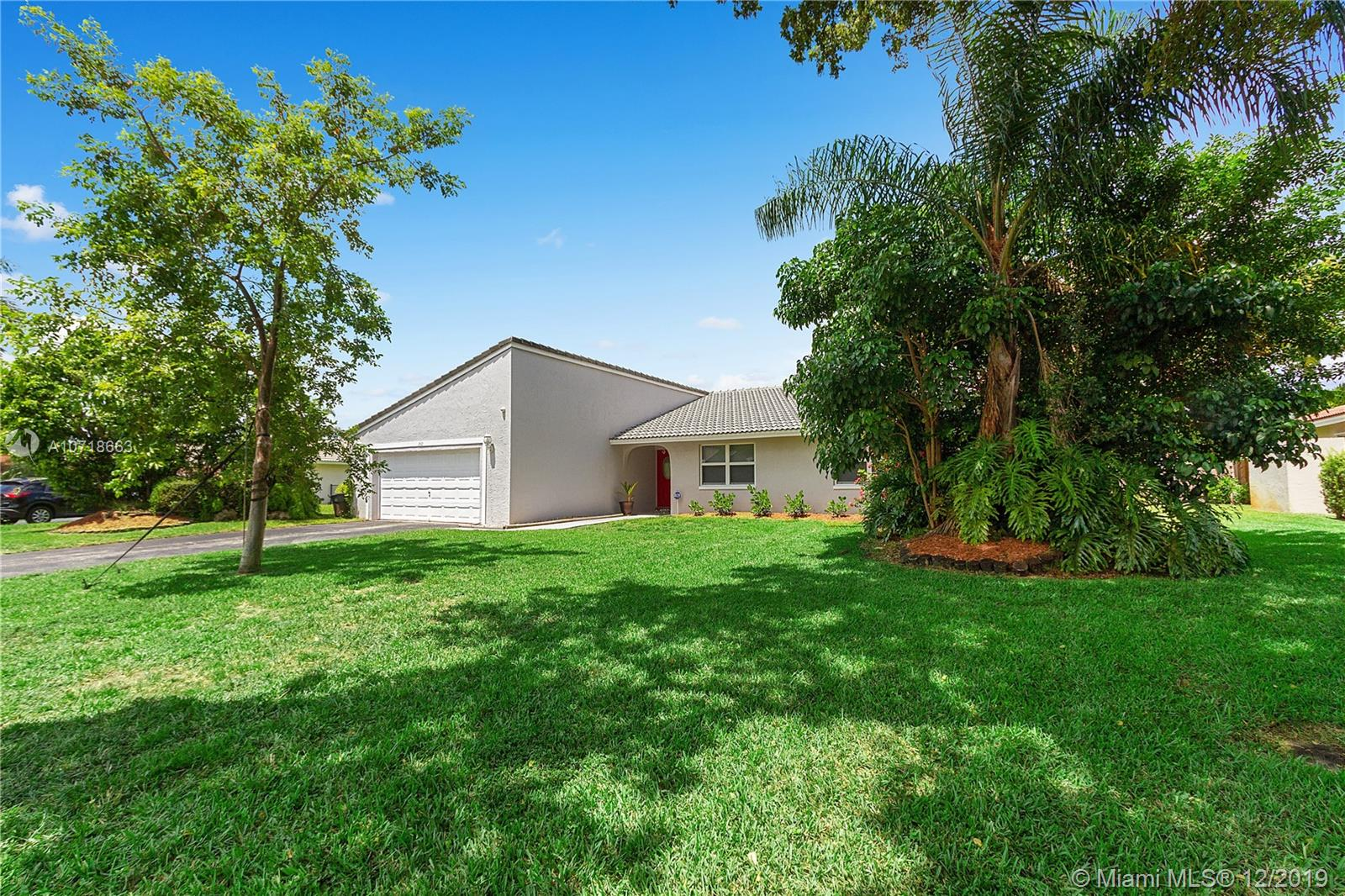 262 NW 92nd Ave, Coral Springs, FL 33071