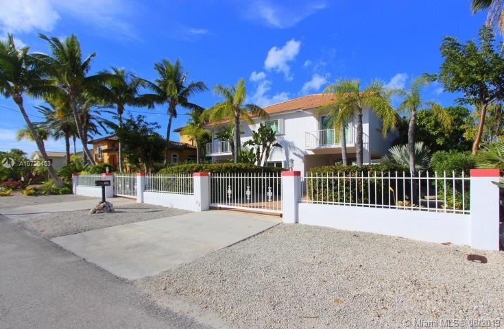 472 Bahia Ave, Key Largo, FL 33037