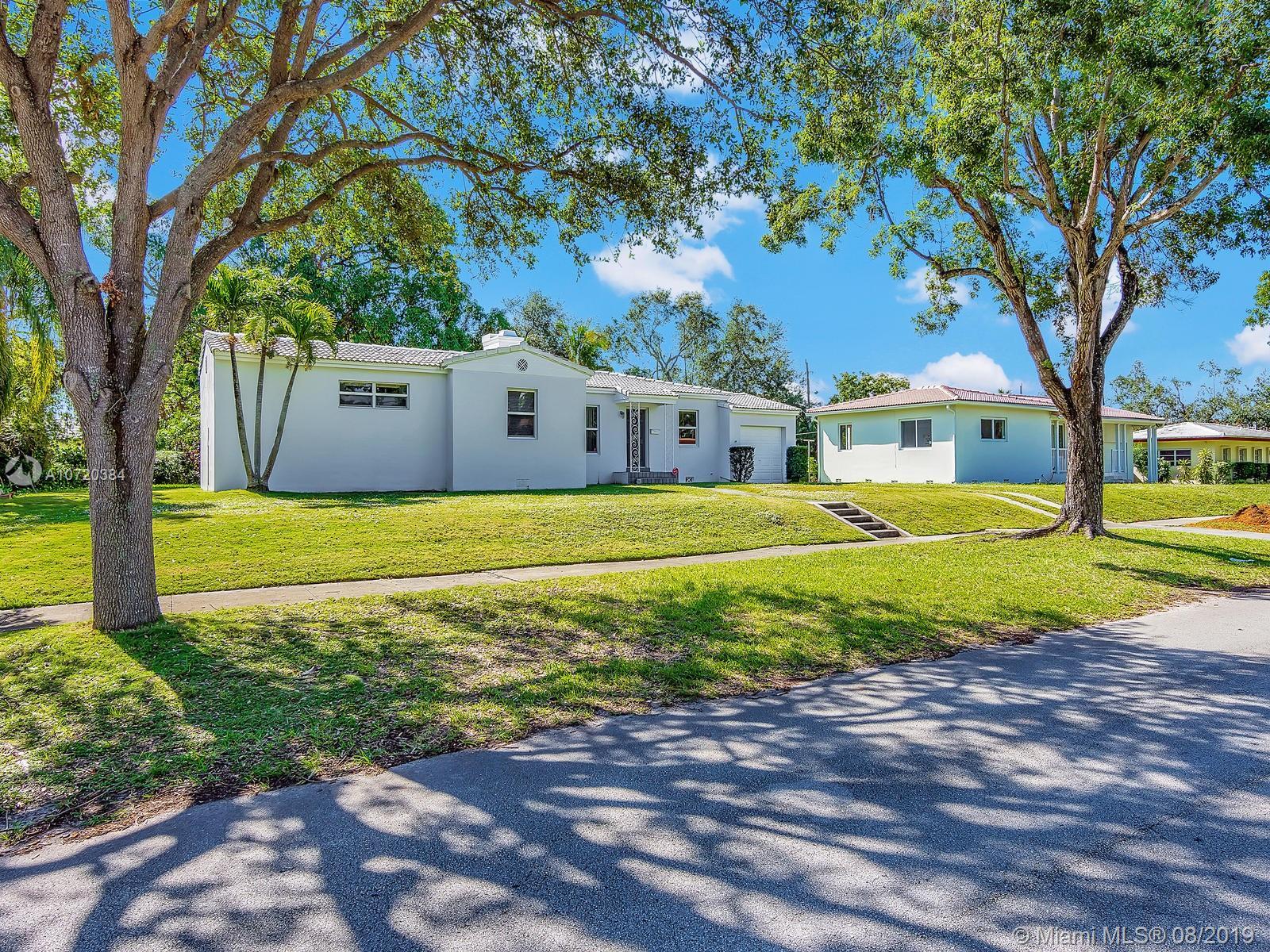 542 NE 107th St  For Sale A10720384, FL