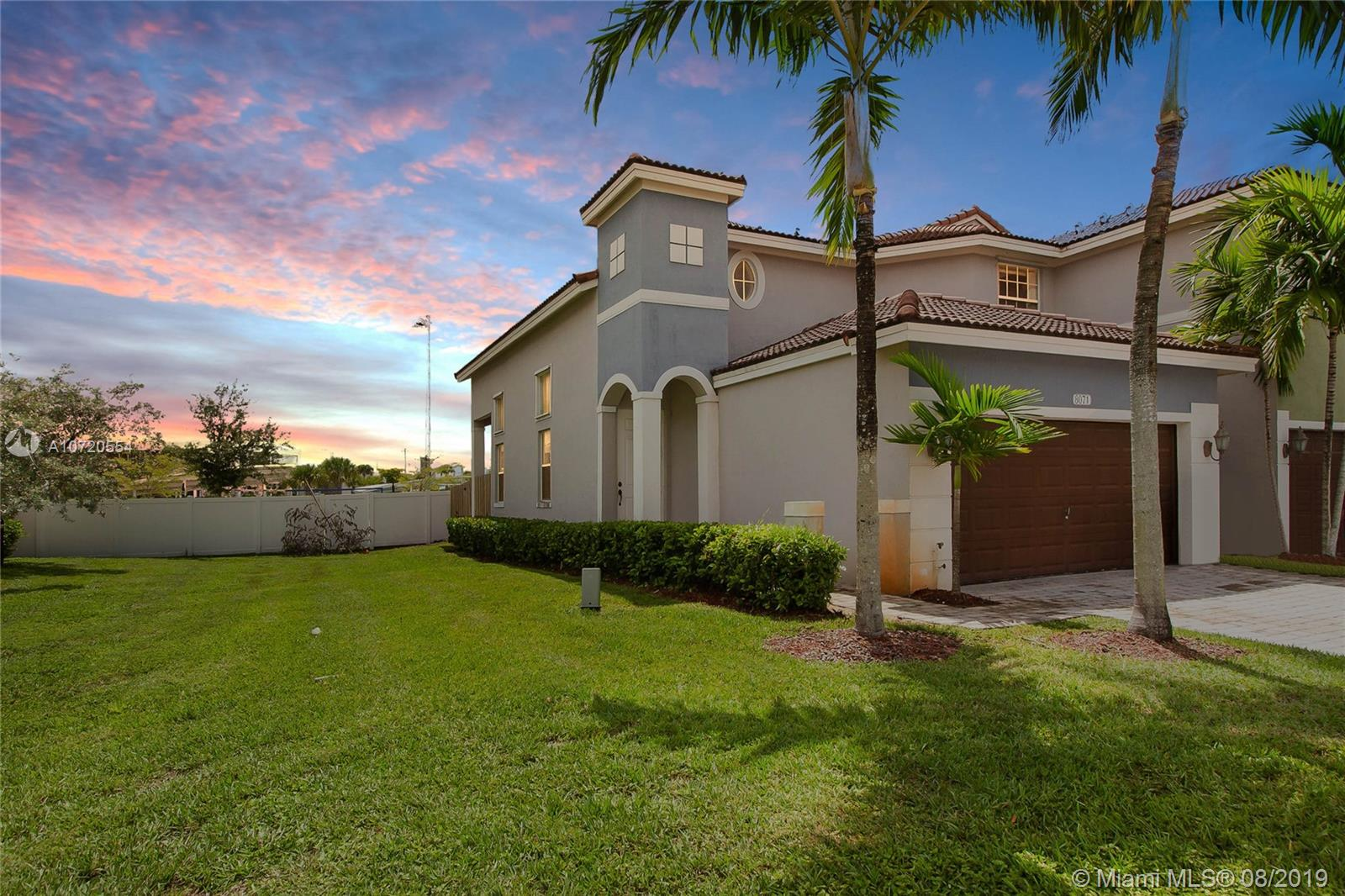 8071 NW 114th Pl  For Sale A10720554, FL