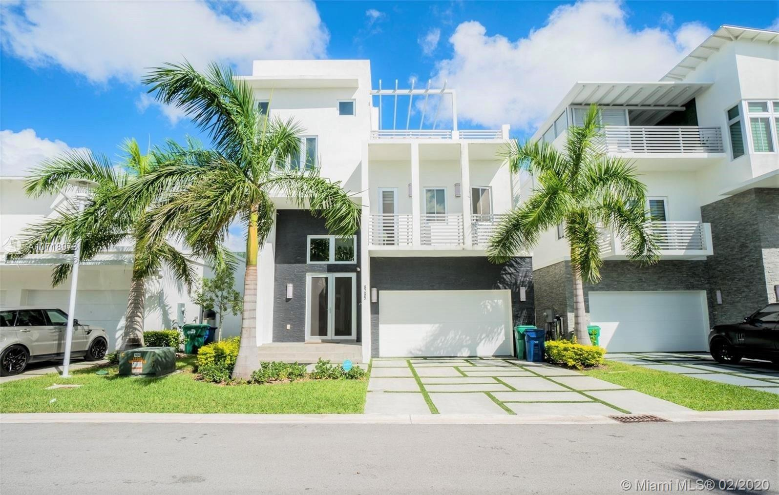 8285 NW 34 Dr  For Sale A10718973, FL