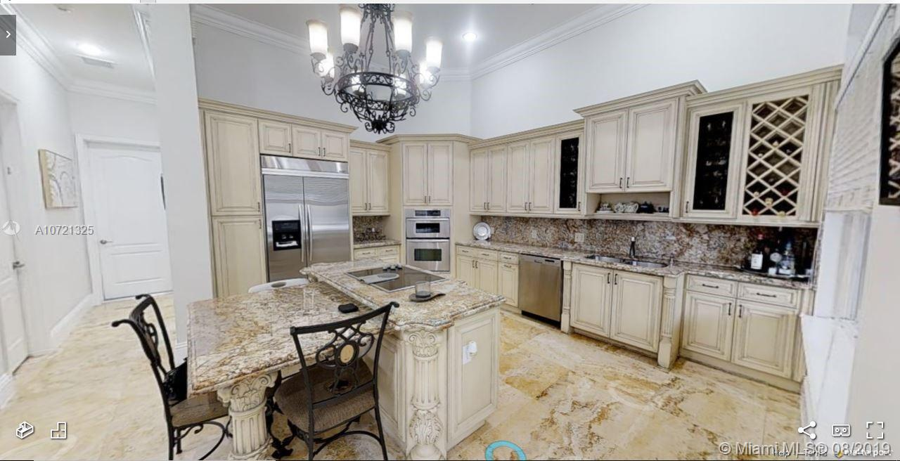 6620 SW 93rd Ave  For Sale A10721325, FL