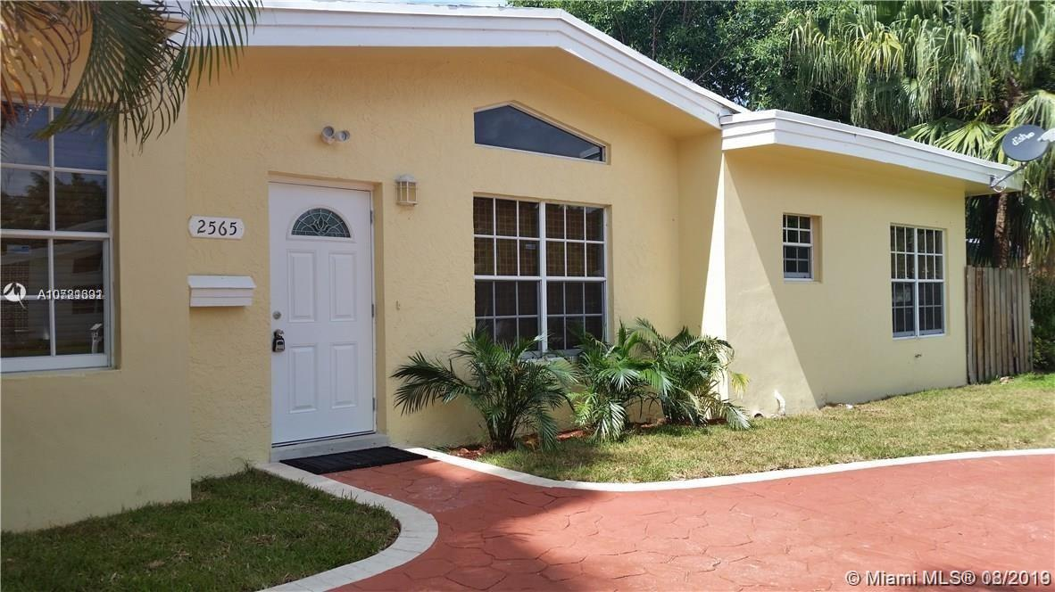2565 N E 201st St  For Sale A10721391, FL