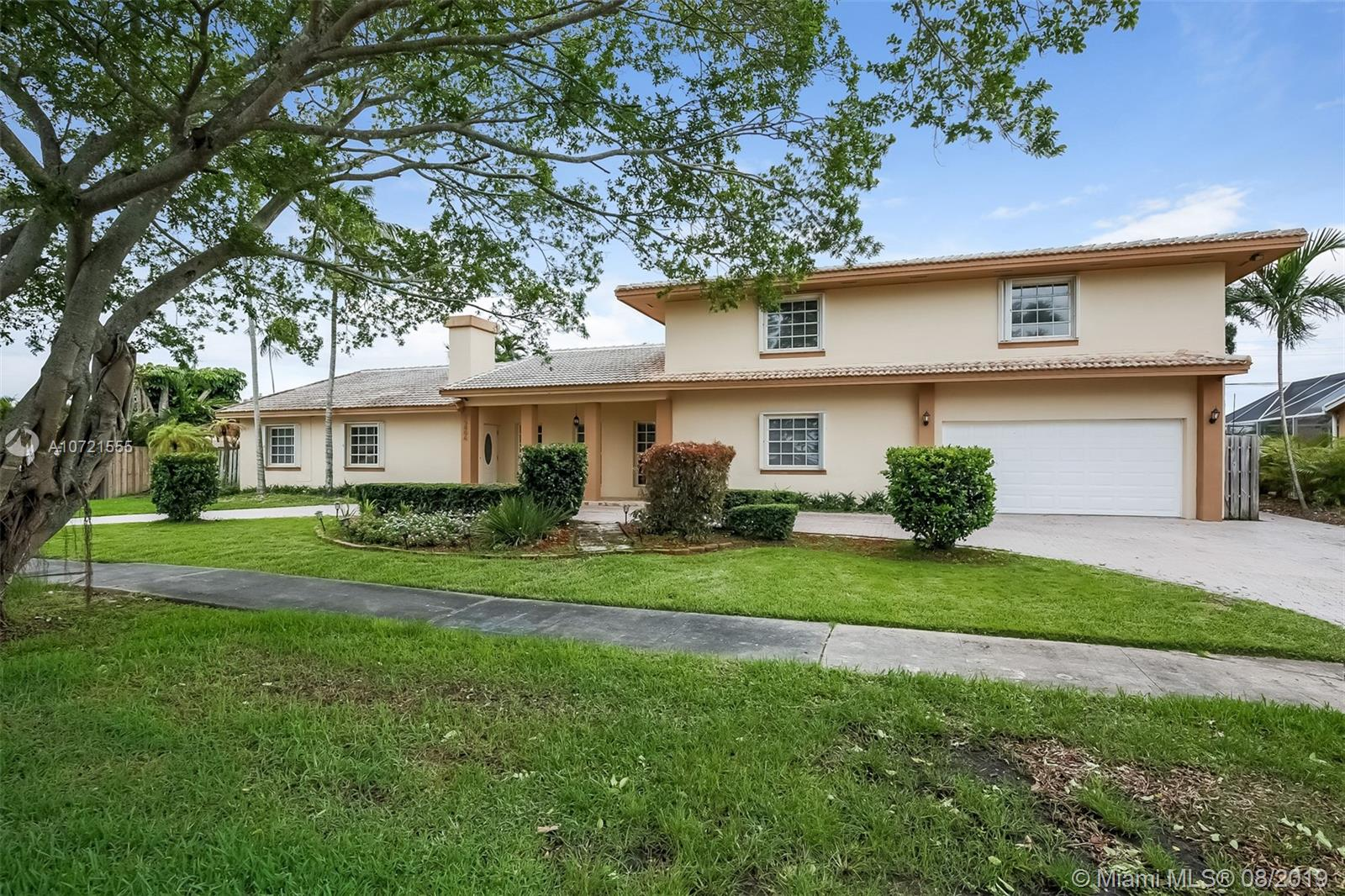 15806 SW 97th Ave  For Sale A10721555, FL