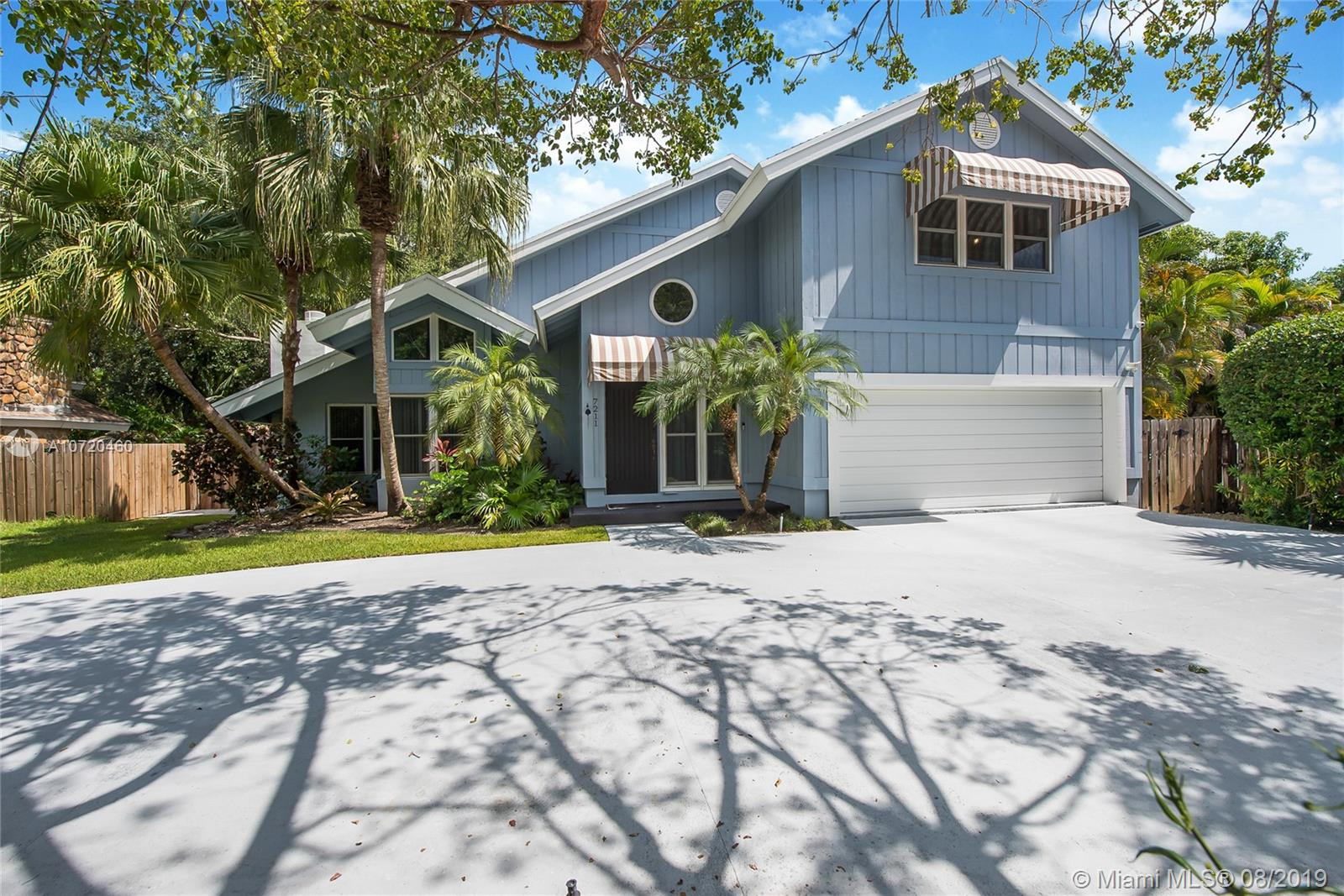 7211 SW 166th St  For Sale A10720460, FL