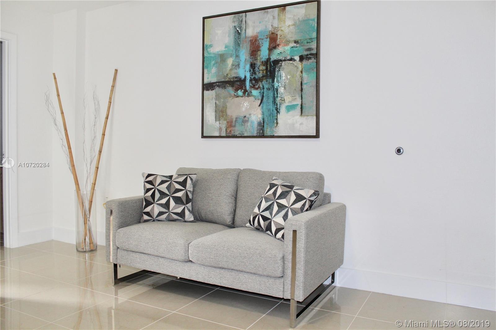 971  W Flagler St #7 For Sale A10720284, FL