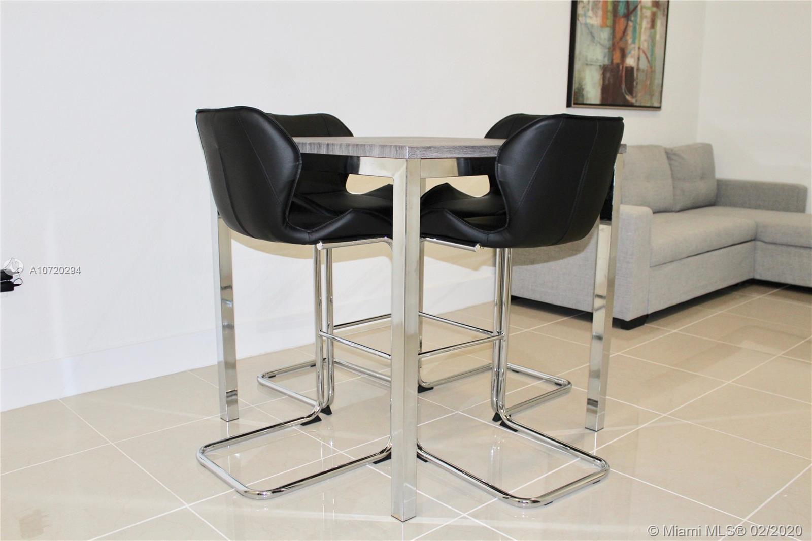 971  W Flagler St #17 For Sale A10720294, FL