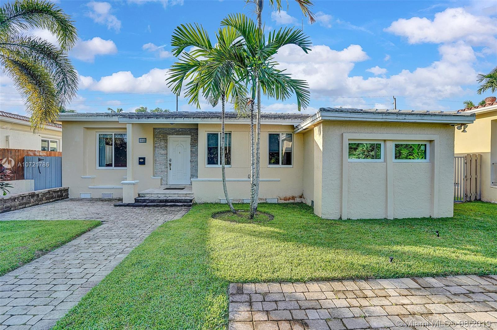 1440  Marseille Dr  For Sale A10721786, FL