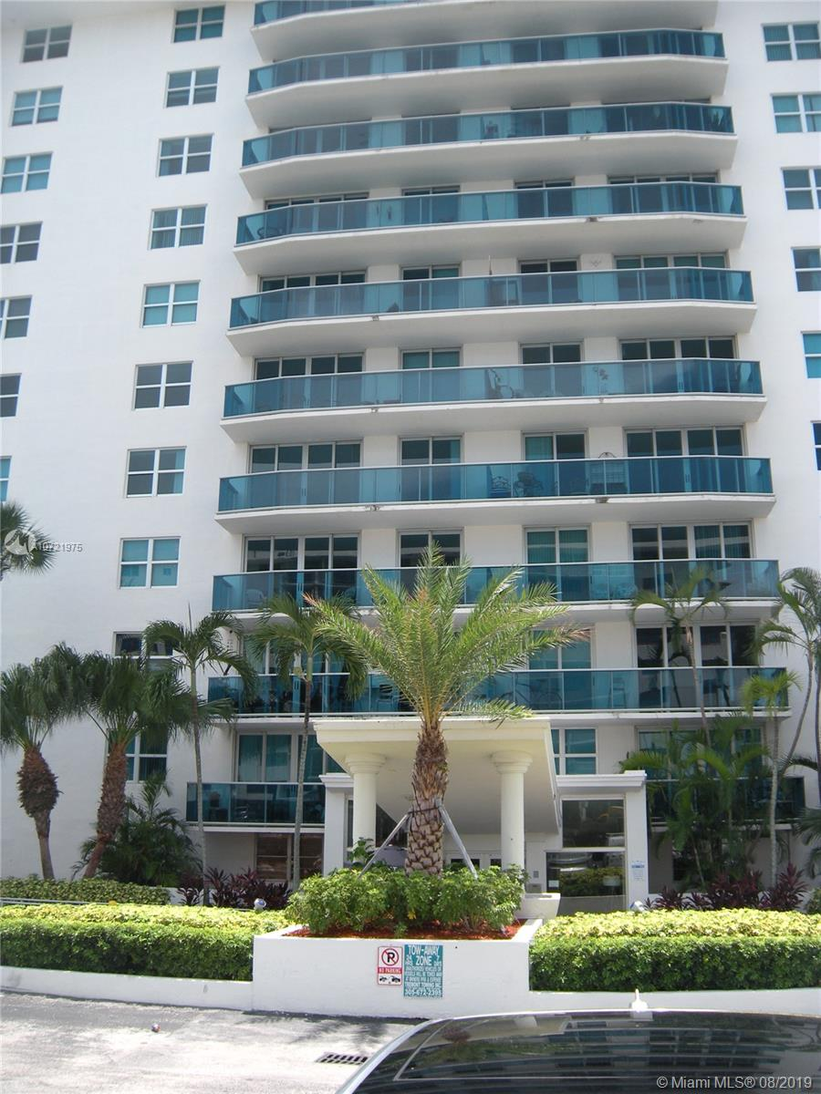 7501 E Treasure Dr #1A For Sale A10721975, FL