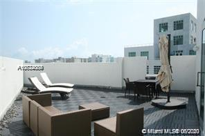 SPECTACULAR! NEARLY 500 SQ FT OF PRIVATE OUTDOOR SPACE SOUTH OF 5TH ST! SUB-PENTHOUSE CORNER UNIT REMODELED TO THE 9'S, SOLD FULLY FURNISHED AND FINISHED. OCEAN VIEWS FROM ALL OUTDOOR SPACES, GLEAMING MARBLE FLOORS, EXTRA HALF BATH FOR GUESTS, IMMACULATE GRANITE AND STAINLESS STEEL KITCHEN, BRAND NEW WALK-IN SHOWER AND THE BEST FLOORPLAN IN THE COSMOPOLITAN. ONLY TWO UNITS LIKE THIS IN THE BUILDING. AMAZING LOCATION SOUTH OF 5TH ST IN SOUTH BEACH, JUST STEPS FROM THE BEACH, JOE'S STONE CRAB, SOUTH POINTE PARK AND AMAZING DINING AND NIGHTLIFE. THE COSMOPOLITAN IS THE PERFECT BUILDING REPLETE WITH 24/7 CONCIERGE AND VALET, FANTASTIC GYM AND SPA AND CHIC POOL AND HOT TUB DECKS. THIS UNIT IS AN ABSOLUTE GEM. CALL TODAY FOR A PRIVATE SHOWING.