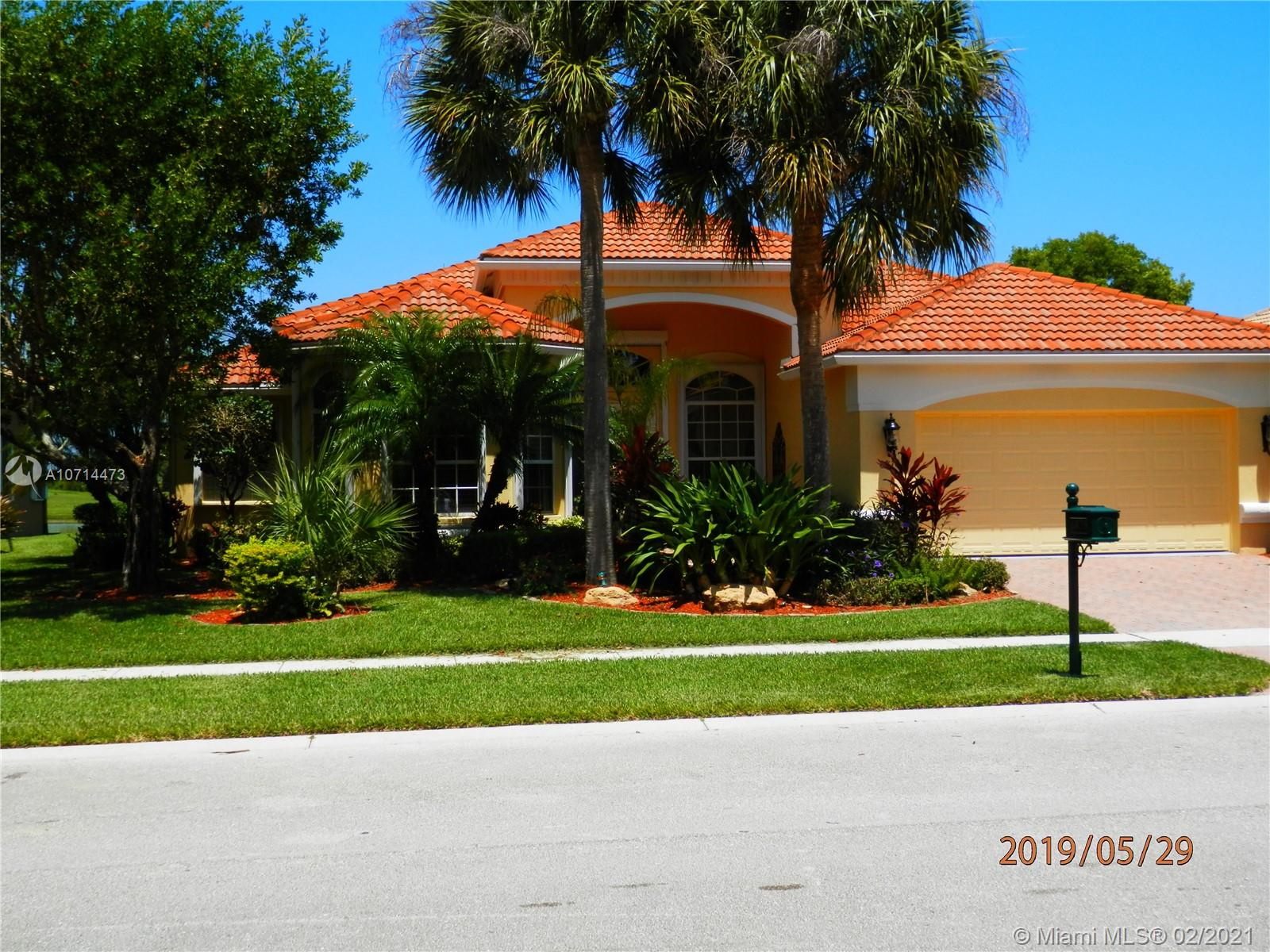 6875 Milani St, Lake Worth, FL 33467