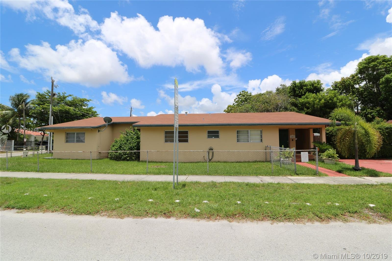 1401 SW 20th St  For Sale A10721248, FL