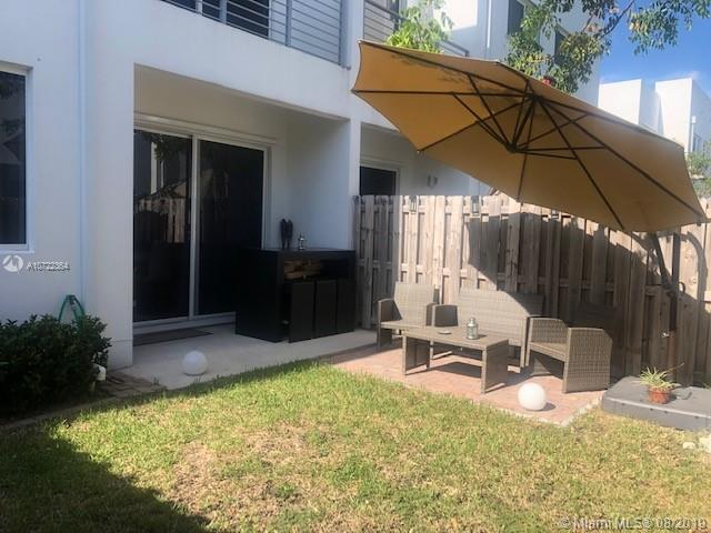 10242 NW 72nd St #10242 For Sale A10722364, FL