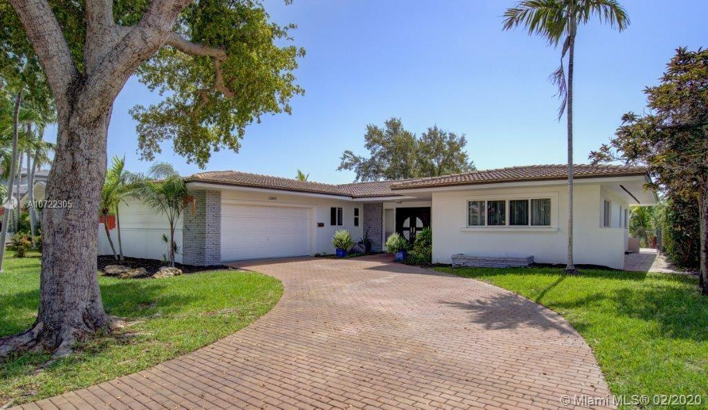 12805 N Bayshore Dr  For Sale A10722305, FL
