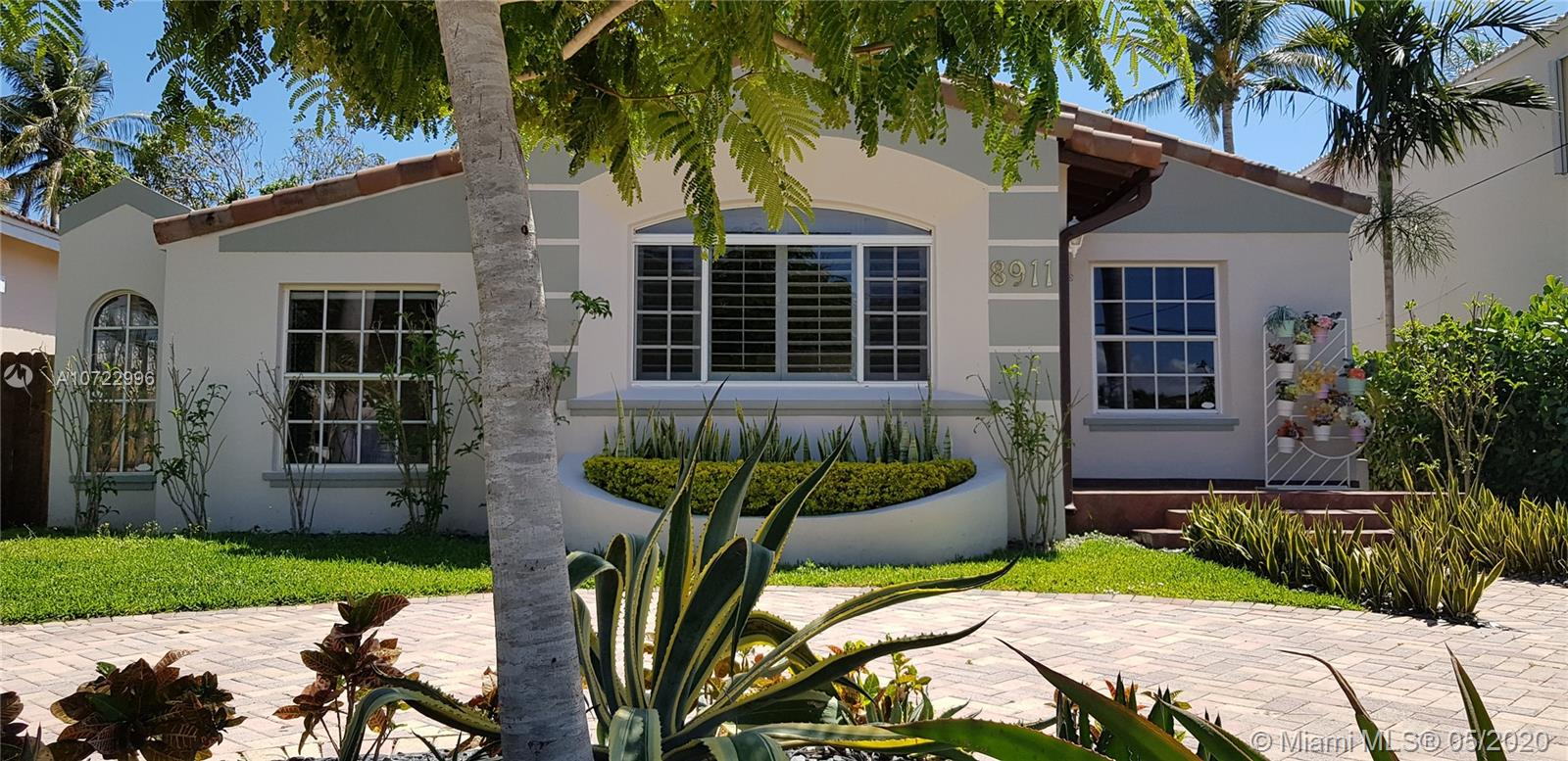 8911  Byron Ave  For Sale A10722996, FL