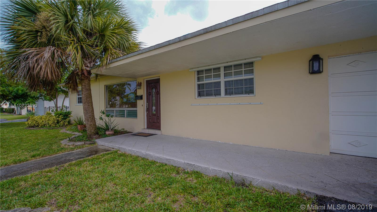 4208  Grant St  For Sale A10722690, FL