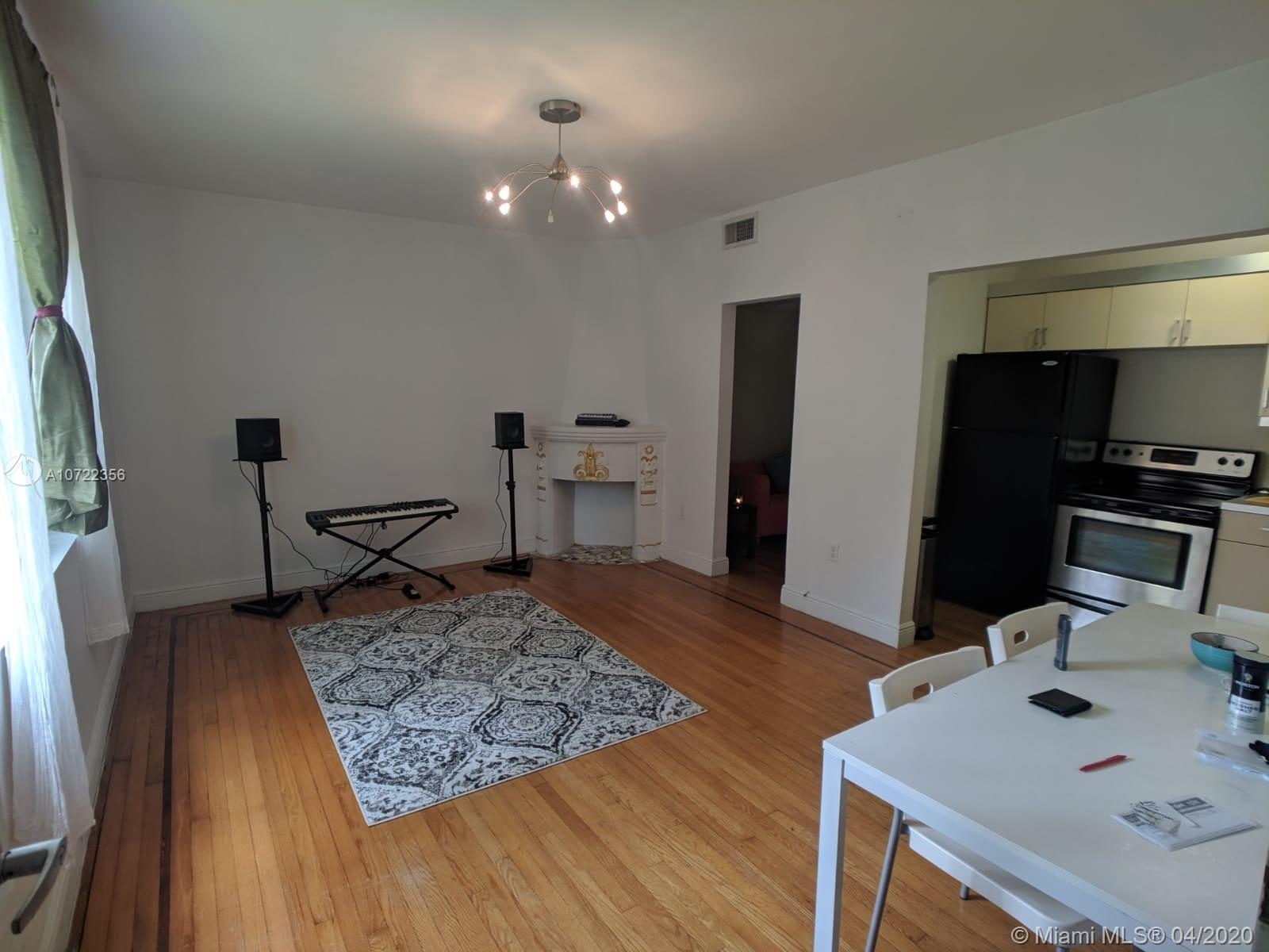 1219  Meridian Ave #6 For Sale A10722356, FL
