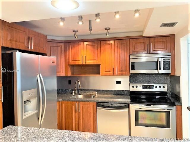 20225 NE 34th Ct #313 For Sale A10720652, FL
