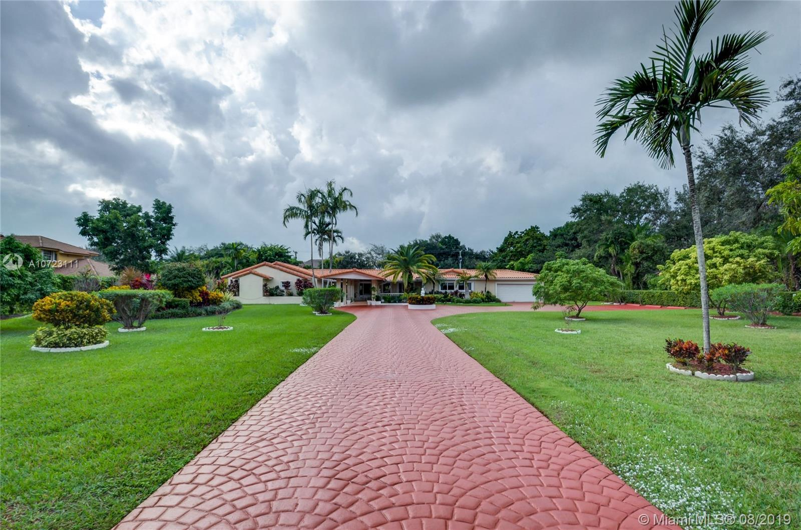 10750 SW 67th Ave  For Sale A10723111, FL