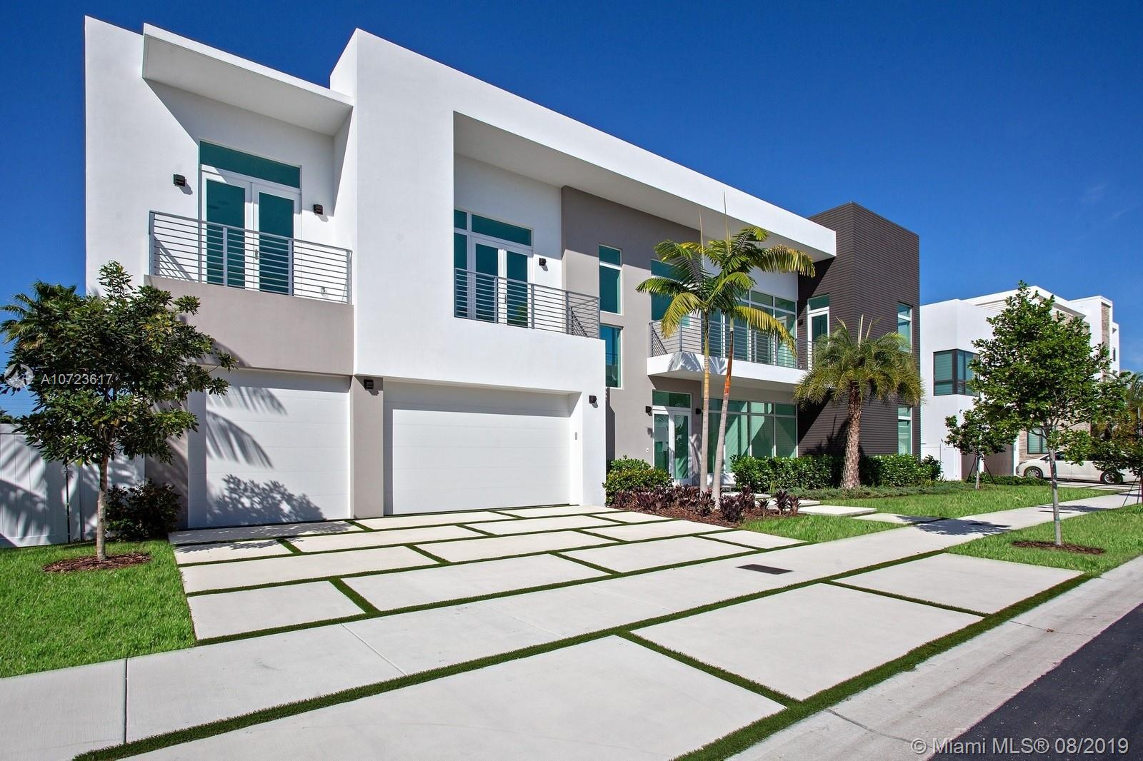 6810 NW 105th Ave, Doral, FL 33178