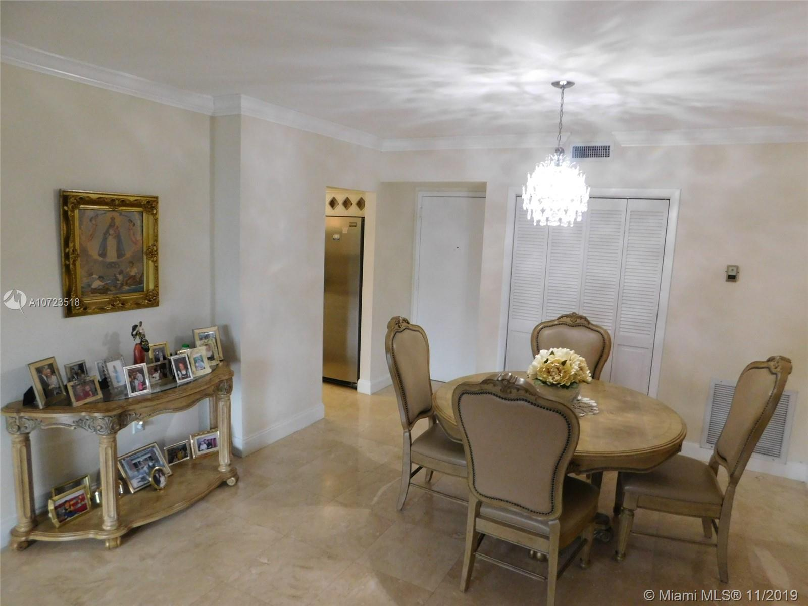 3850  Washington St #203 For Sale A10723518, FL