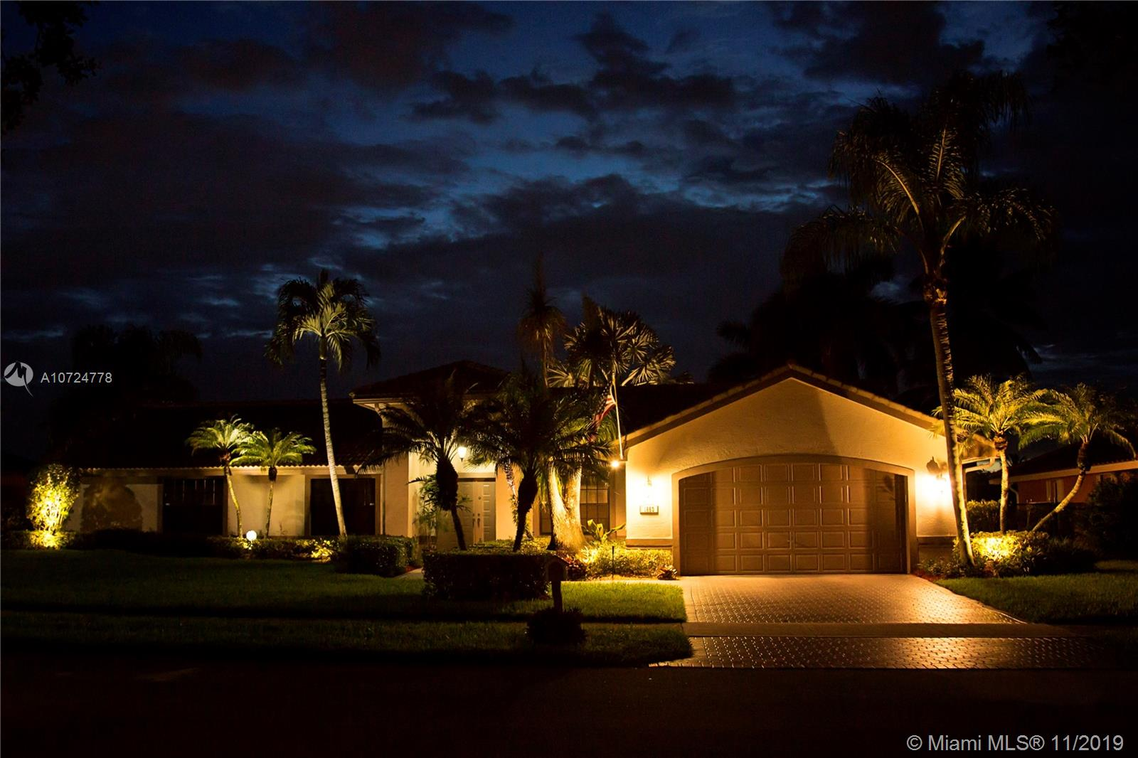 1653 SW 103rd Ln  For Sale A10724778, FL