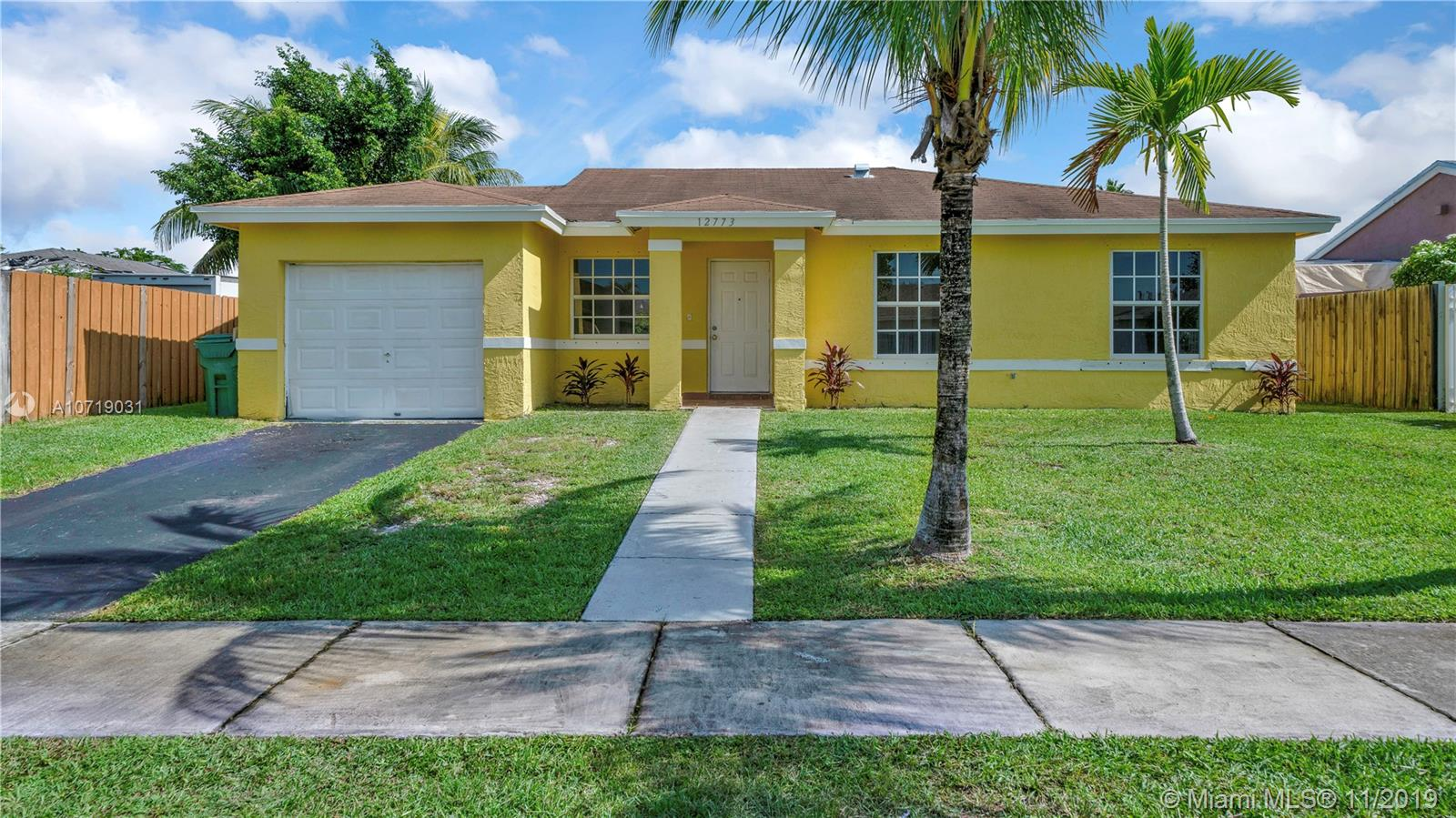 12773 SW 266th Ter  For Sale A10719031, FL