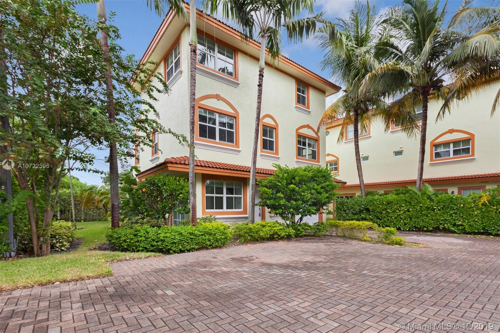 625 NE 8th Ave #2 For Sale A10722596, FL