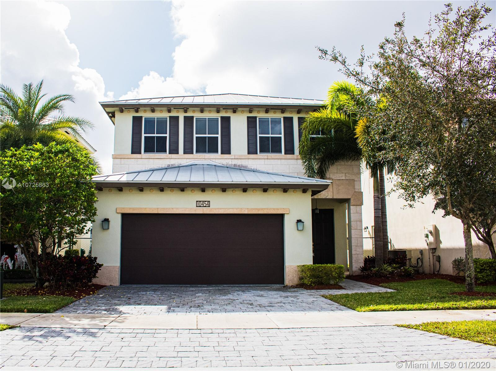 10454 NW 70 LN  For Sale A10725863, FL