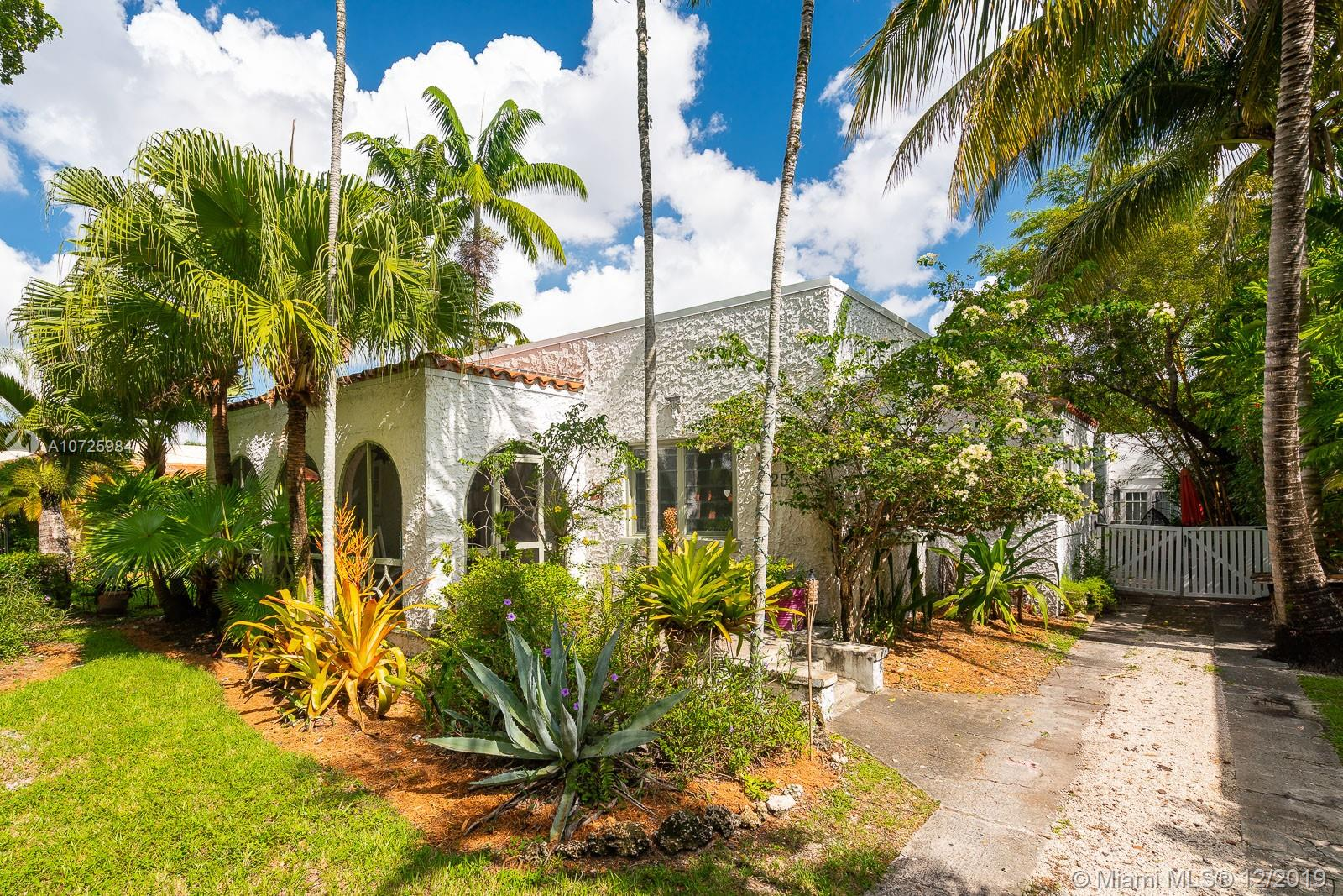 725  Majorca Ave  For Sale A10725984, FL