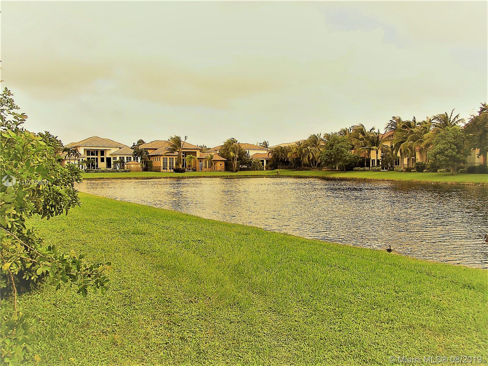 17525  Circle Pond Ct  For Sale A10725800, FL