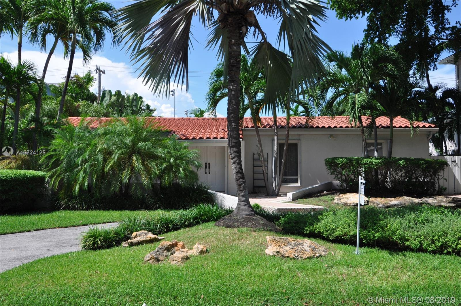 145  Buttonwood Dr  For Sale A10724125, FL