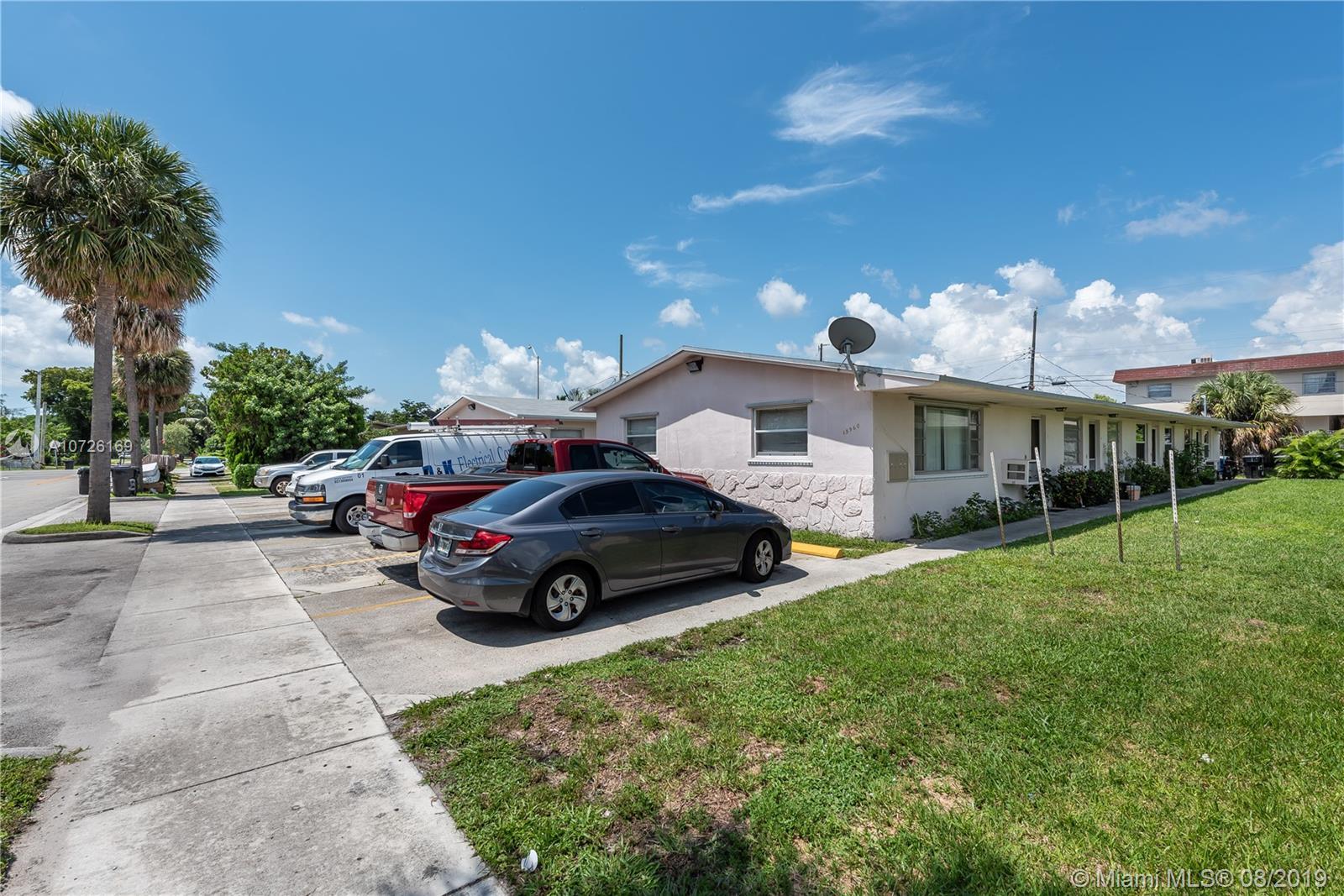 , North Miami Beach, FL 33162
