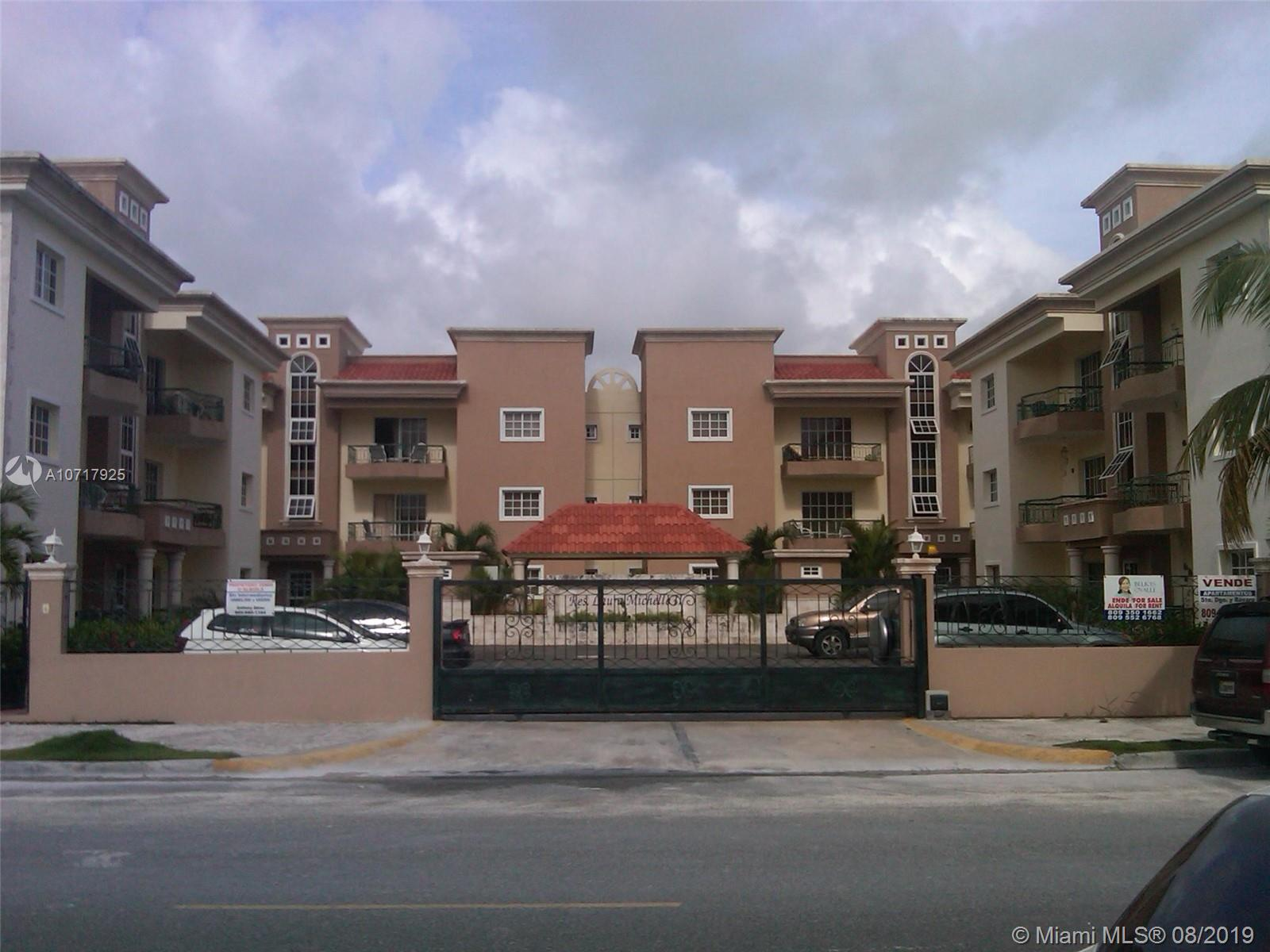 Calle Central #101A For Sale A10717925, FL