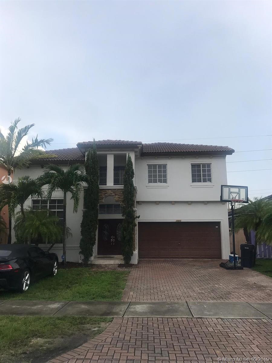 15641 SW 8th Ln, Miami FL 33194