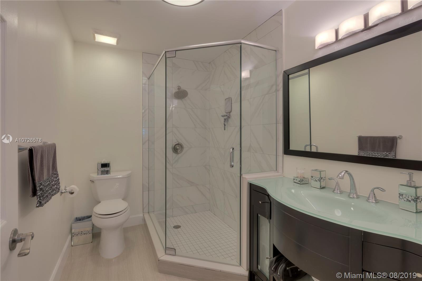 21224  Harbor Way #234-23 For Sale A10726578, FL