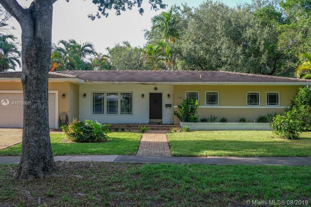 1419  Mantua Ave  For Sale A10726685, FL