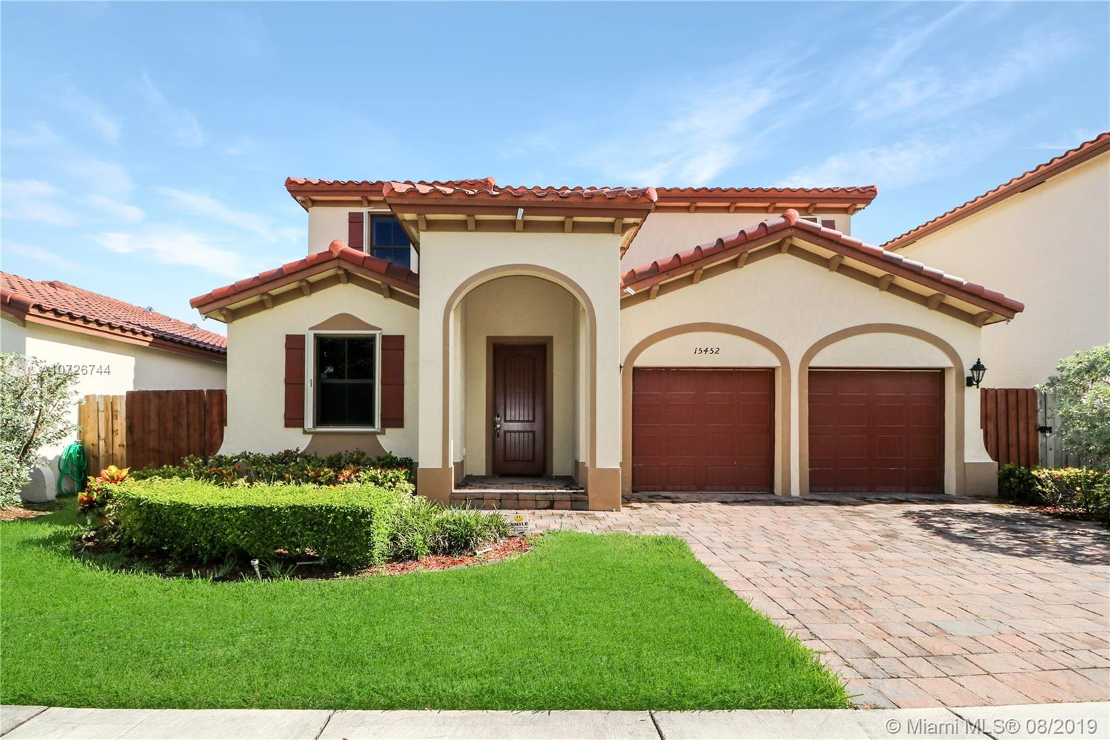 15452 SW 176 TER  For Sale A10726744, FL
