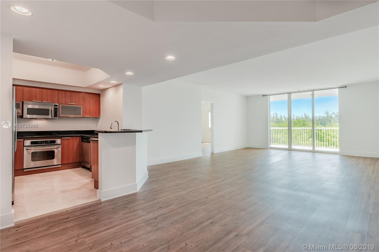 15051  Royal Oaks Ln #404 For Sale A10726966, FL