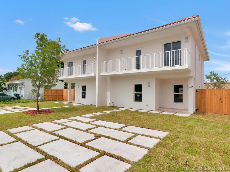 2010 SW 76th Ct, Miami, FL 33155